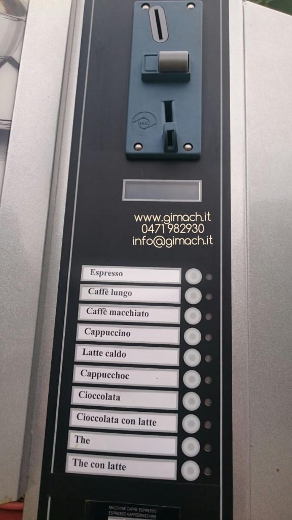 Distributore automatico di bevande calde con gettoniera – usato – modello VERA